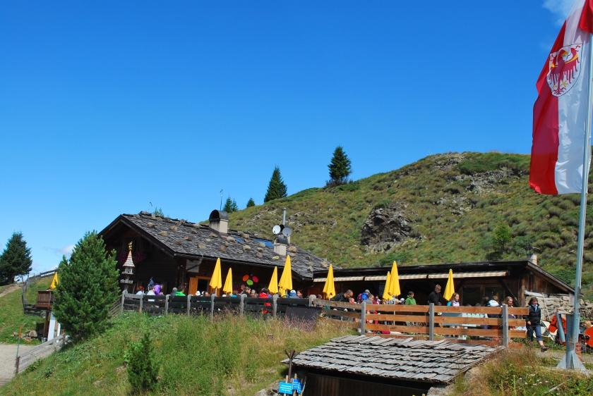 Bergsommer Seiser Alm_Arnika Hütte