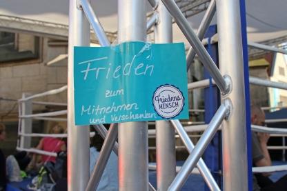 Branding, Fahnen, Muenster, Schilder, Beschriftungen, Beschilderung, Blau FOTO: katholikentag.de, Nadine Malzkorn